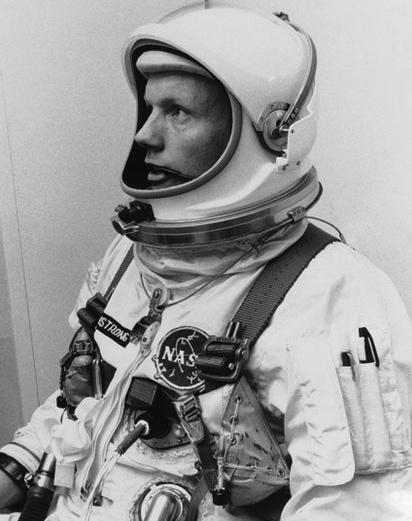 ニール・アームストロング - Neil Armstrong - JapaneseClass.jp
